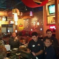 Foto tomada en La Parrilla Mexican Restaurant por Ike P. el 2/13/2011