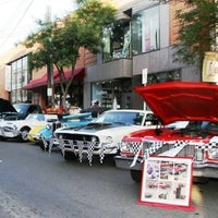 Photo taken at Shadyside Walnut Street by Pittsburgh Vintage Grand Prix on 12/13/2011
