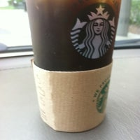 Photo taken at Starbucks by joshuaesc on 7/21/2011