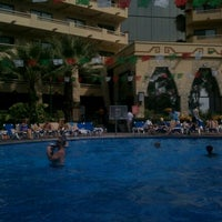 Photo taken at Alberca Paradise Village Pool by Mechita O. on 12/26/2011