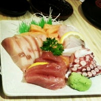 Photo taken at Kuru Kuru Japanese Restaurant by Aunty D. on 8/22/2012
