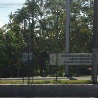 Das Foto wurde bei UFAM - Universidade Federal do Amazonas von Girlene M. am 5/11/2012 aufgenommen