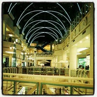 Photo taken at Shopping Boulevard by Márcio A. on 4/26/2012