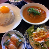 Photo taken at タイ料理 アルン 住吉店 by Masao A. on 6/10/2012