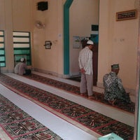Photo taken at Masjid Assalam SAMSAT by Rico Disini Untukmu on 9/30/2011