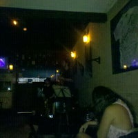 Foto tomada en Blues On The Rocks  por Vitor B. el 12/1/2011
