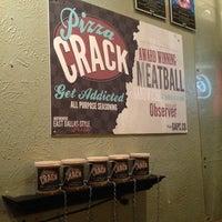 Das Foto wurde bei Greenville Avenue Pizza Company von Jenny M. am 12/17/2011 aufgenommen