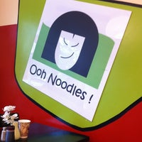 Photo taken at Ooh Noodles by Ching Y. on 8/21/2011