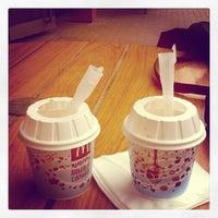 Foto tirada no(a) McDonald's por Marie M. em 4/11/2012