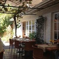 Foto scattata a Quinoa Restaurante da Felipe C. il 3/31/2012