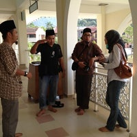 Photo taken at Masjid Al-Hidayah by Ayie J. on 2/25/2012