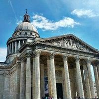 Photo taken at Panthéon by Alice Z. on 7/31/2012