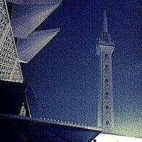 Photo taken at Masjid Negara (National Mosque) by Deano Erawan A. on 8/10/2012