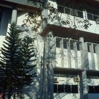 Photo taken at Fakultas Ekonomi Unsyiah by Syuraz &. on 3/22/2012