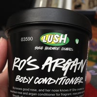 Photo taken at Lush Fresh Handmade Cosmetics by Sarah B. on 7/8/2012