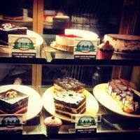 Photo taken at Sakley's Mountain Cafe by Priyam C. on 8/6/2012