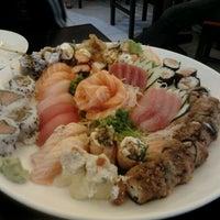Photo taken at Sachô - Restaurante e Temakeria by Bruno F. on 3/3/2012