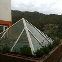 Foto tirada no(a) Hotel Rosaleda del Mijares SPA, Rte & River Club por Alejandro R. em 6/19/2012