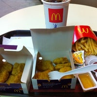 Photo taken at McDonald's & McCafé by Meili 0. on 2/13/2012