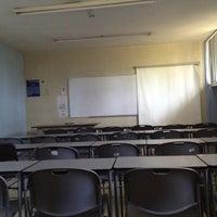 Photo taken at Facultad Enfermería UV by Ghuzz A. on 5/23/2012