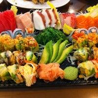 รูปภาพถ่ายที่ Hokkaido Japanese Restaurant โดย Dot C. เมื่อ 4/13/2012