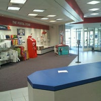 Photo taken at Hampton Post Office by Tycoon W. on 3/19/2012