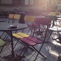 5/15/2012 tarihinde Valerie L.ziyaretçi tarafından Place Saint-Géry / Sint-Goriksplein'de çekilen fotoğraf
