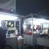 Photo taken at Jajanan malam depan alfa mart by Yopi M. on 3/9/2012
