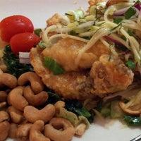 Das Foto wurde bei Arunee Thai von Manny L. am 8/17/2012 aufgenommen