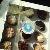 Photo taken at Oh My Cupcakes! by Lexie F. on 8/27/2012