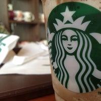 4/30/2012 tarihinde Sena C.ziyaretçi tarafından Starbucks'de çekilen fotoğraf