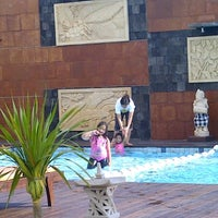 Photo taken at Pool Side Gumaya Tower Hotel by Sofie Z. on 5/18/2012