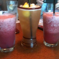 Photo taken at TGI Fridays by Rochelle C. on 6/14/2012
