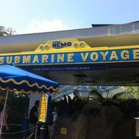Photo taken at Finding Nemo Submarine Voyage by Ming C. on 5/23/2012