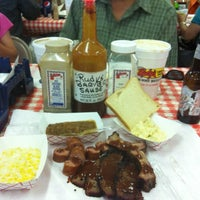 Photo taken at Rudy's Country Store & Bar-B-Q by Brenda on 6/25/2012