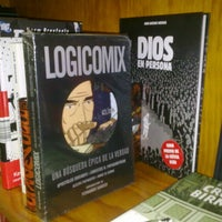 Photo taken at Librería MASILVA by Melomiro e. on 3/12/2012