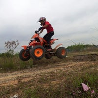 Photo taken at litar motor cross & atv by Syed F. on 4/7/2012