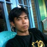 Photo taken at Gerai Halo Telkomsel Kota Bangun by Nanang Thok T. on 2/29/2012