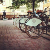 Снимок сделан в James Cook Pub & Cafe пользователем Pavel M. 8/13/2012