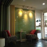Photo taken at Le Cafe du Jardin by Thawut K. on 9/8/2012
