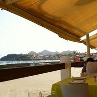 Photo prise au La Tana Restaurante par Jota le8/5/2012