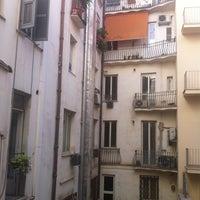 Foto diambil di Hotel Des Artistes oleh nickolette pada 7/8/2012