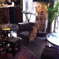 Foto scattata a Hotel Locarno da Alba D. il 4/4/2012