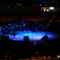 Foto tomada en Houston Arena Theater  por Salsa E. el 6/30/2012