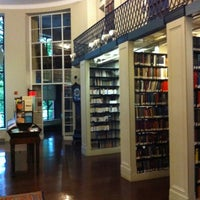 Photo prise au Boston Athenaeum par Simon V. le8/10/2012