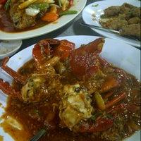 Photo taken at Wajir Seafood by EMY on 9/12/2012
