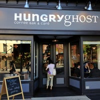 Photo prise au Hungry Ghost par Martin E. le5/12/2012
