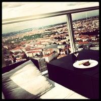 Photo taken at Aureole Fusion Restaurant & Lounge by Jan B. on 9/13/2012