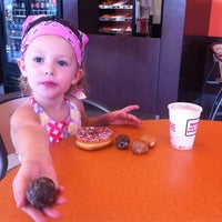 Photo taken at Dunkin' Donuts by Joel L. on 9/3/2012