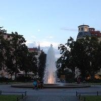 Das Foto wurde bei Viktoria-Luise-Platz von Chantal T. am 7/28/2012 aufgenommen